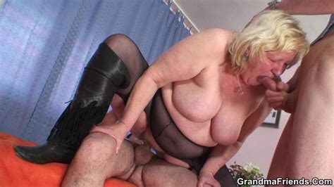 chubby blonde granny crazily gives blowjob and handjob in