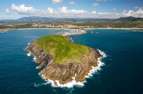 buy house coffs harbour living on the coffs coast first national real estate coffs coast buy real estate