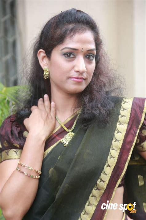telugu actress varsha biography 1st name all on people named varsha songs books gift