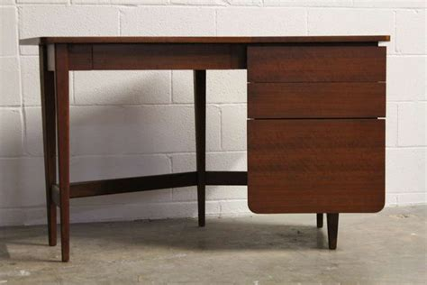 desk by bertha schaefer for singer and sons for sale