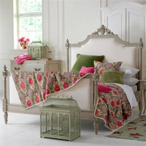 raspberry bedroom accessories green and raspberry home decor pinterest