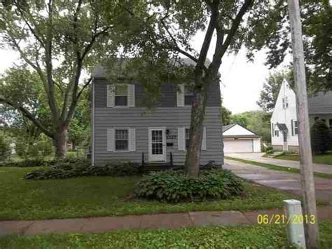 1327 baltimore st waterloo iowa 50702 reo home details