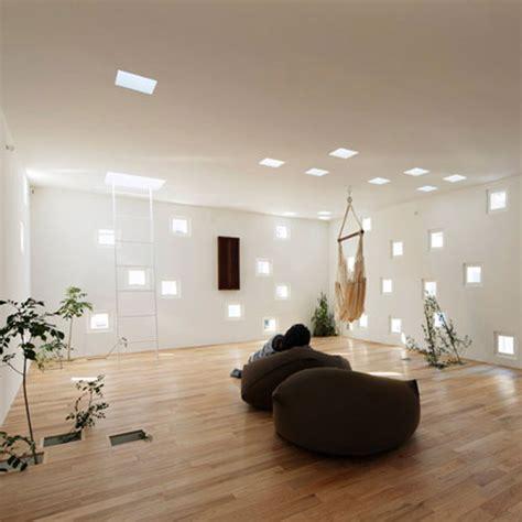 decorare ferestre living sfaturi practice si modele amenajare living
