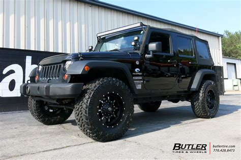 jeep wrangler tires jeep wrangler with 18in fuel krank wheels exclusively from