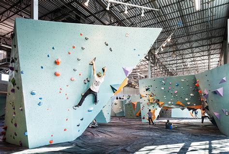 Home And Interiors Magazine The World S Largest Bouldering Gym Opens In Austin Texas