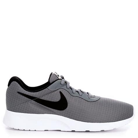 nike sneaker shoes classic nike tanjun premium sneaker grey nike