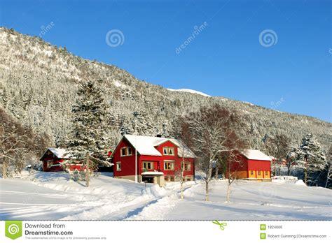 haus norwegen norwegen bauernhof haus lizenzfreies stockbild bild 1824666