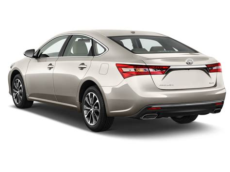 Four Door Sedan by Image 2016 Toyota Avalon 4 Door Sedan Xle Natl Angular