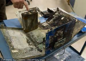 Tesla Car Battery Problems Boeing Dreamliner Batteries Are Inherently Unsafe Says