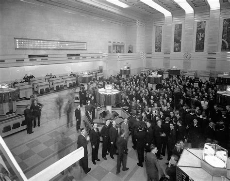 file new toronto stock exchange trading floor jpg