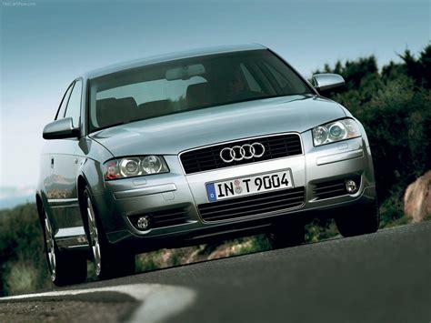 Audi A3 3 door (2003) picture 10 of 76 800x600