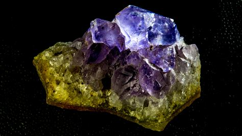 images stone blue jewellery bright amethyst gem crystal gemstone mineral macro