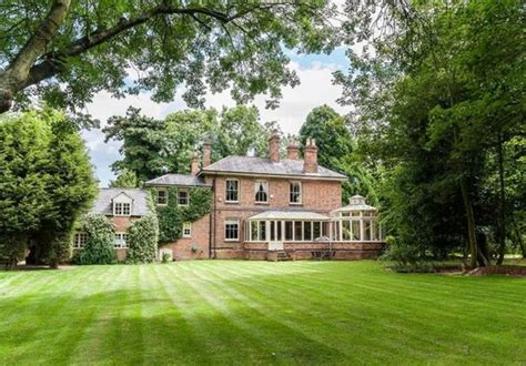 Dream Home A Victorian Mansion Next To The River Houses For Sale Sellicks