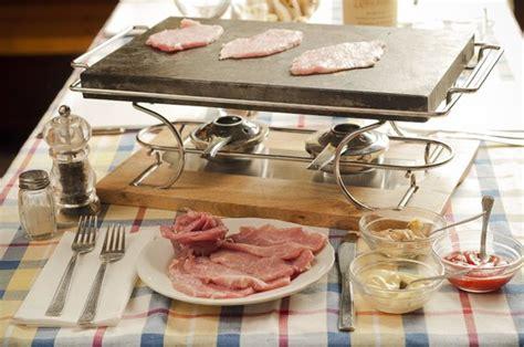 come cucinare su pietra ollare carne su pietra ollare foto di locanda della pietra