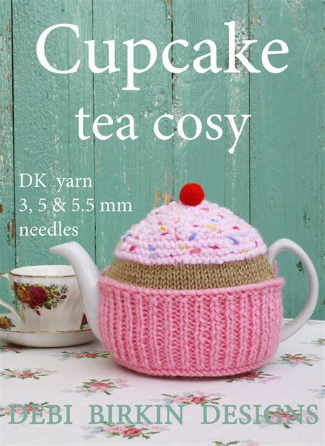 cupcake tea cosy knitting pattern free cupcake knitting pattern tea cosy teacozy teacosy cozies cozy
