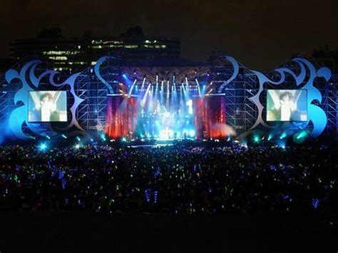Jay Chou World Tour Concert Stage Design   2004 Taipei   Artjoey Visual Communication