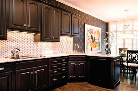 Brown Paint Colors For Kitchen Cabinets | kitchen paint colors with medium brown cabinets