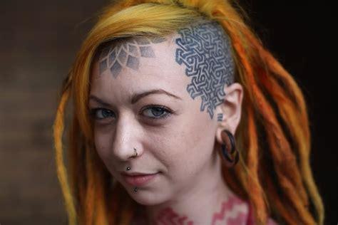 tattoo diamond forehead beautiful girl with geometric forehead tattoo