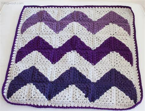 chevron pattern in crochet granny square chevron afghan allfreecrochet com