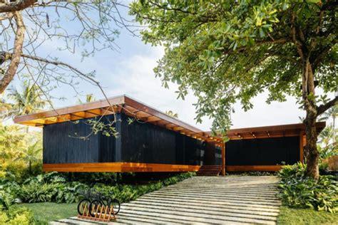 House Design Zen Style by Maison En Bois Et Bardage Noir