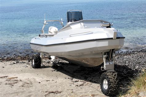 sealegs boat video sealegs hibious boat is heading into full production