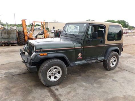 Used 1995 Jeep Wrangler Buy Used 1995 Jeep Wrangler Sport Utility 2 Door 4
