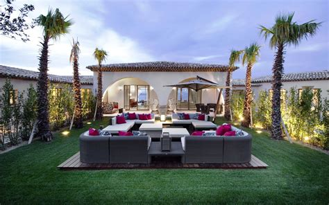 luxury home decorations home garden doesn t have to be hard read these 7 tips