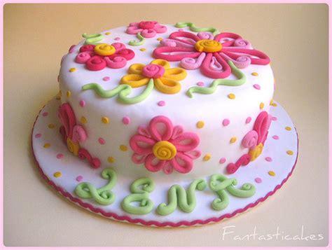 Kem Basic Flower torta fiori alana alana s flowers cake it s a dummie