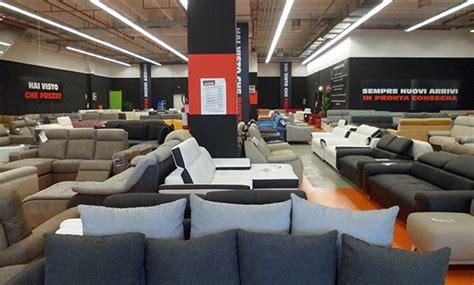 negozio divani negozi divani bergamo regalo divano with negozi divani