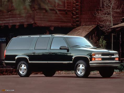 pictures of chevrolet suburban gmt400 1994 99 1024x768