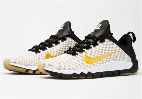 Nike Fullcolor White nike preps for the nfl draft with the free trainer 5 0 le