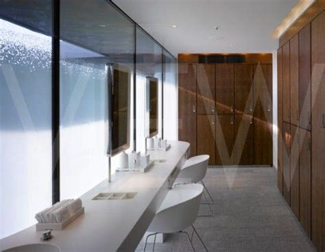 Chagne Bathtub Hotel by 40 Best Change Rooms Images On