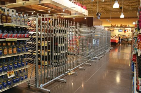 security gate gallery retail grocery store portable aisle