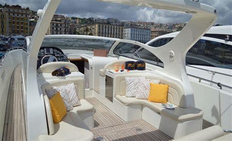 barche con cabina charter barche a motore santorini 48 yacht charter