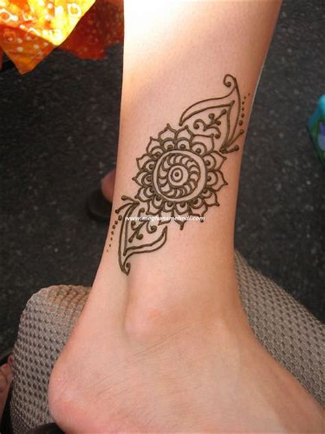 henna tattoo designs for ankles 17 best ideas about henna ankle on henna