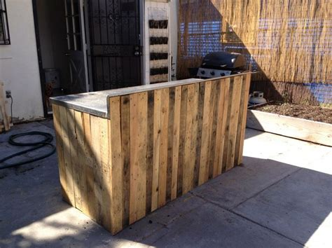 pallet board kitchen island 17 best images about garden outdoor kitchen on diy outdoor bar grill station and