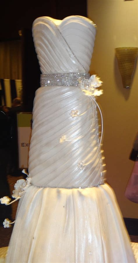 dress cake wedding dress cake google search cakes to sell pinterest