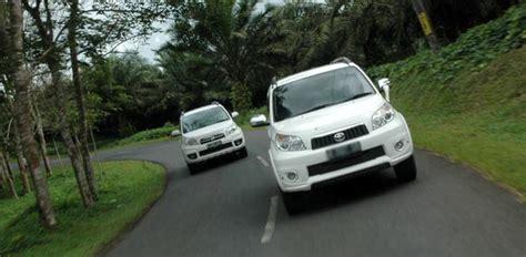 Spion Tanduk Toyota Komparasi S At Terios Tx Adventure At