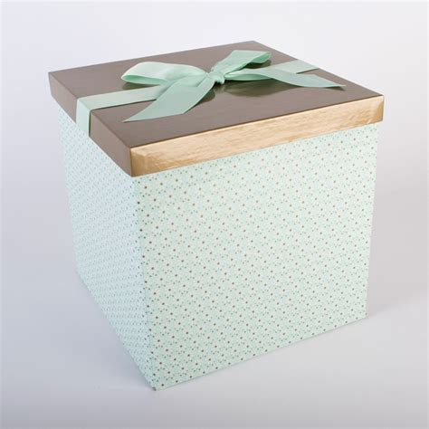 green flat pack extra large gift box with ribbon tag