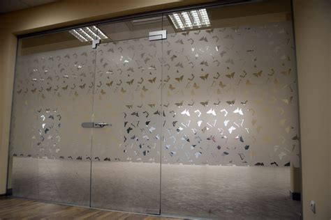 Patterned Glass For Doors Frosted Glass Design Patterns For Office Www Imgkid The Image Kid Has It