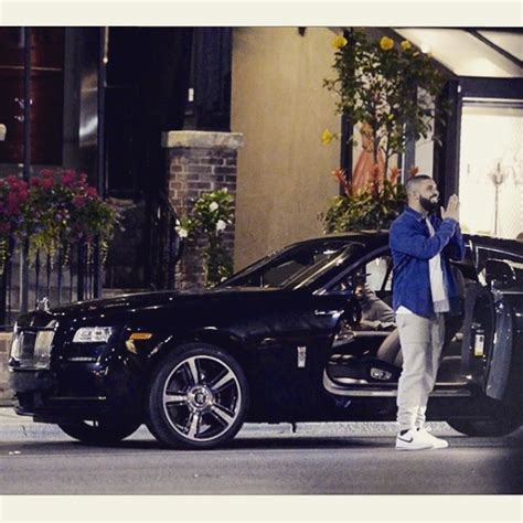 drake cars drake picks up a new rolls royce celebrity cars blog
