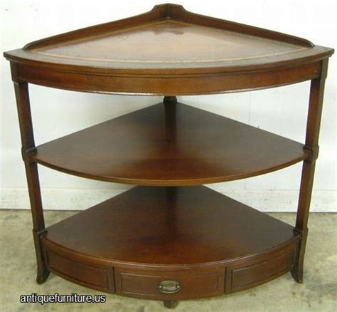 Corner Table Furniture by Antique Mahogany Corner Table At Antique Furniture Us