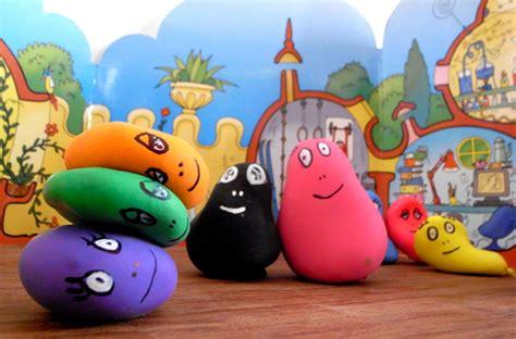 como decorar globos rellenos de harina 5 manualidades infantiles con globos pequeocio