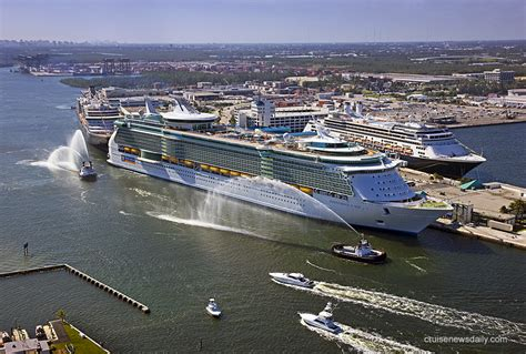 biggest cruise ships the biggest cruise ship pics cruise guide