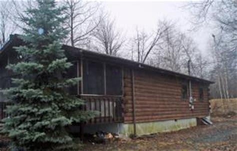 Delaware Water Gap Cabin Rentals by Poconos Vacation Homes Ski Lake Streamside Mountain