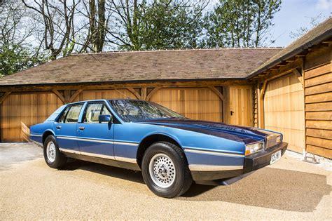 1984 aston martin lagonda aston martin lagonda 1984 sprzedany giełda klasyk 243 w