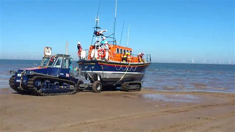 boat launch r rnli boat launch skegness youtube