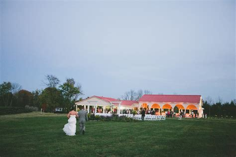 Top 10 Rustic Wedding Venues in Dayton, Ohio   Carly Short