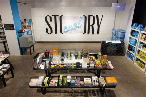 BlinkyTape Goes Retail at Story NYC! ? Blinkinlabs