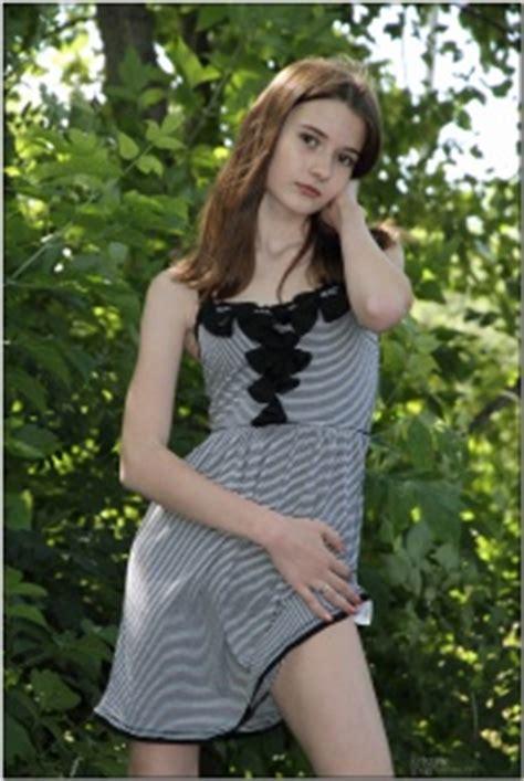 viper girls teenmodeling tv teenmodeling tmtv kristine striped